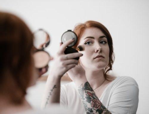 Verdades y falsos mitos sobre el COVID-19 y los cosméticos